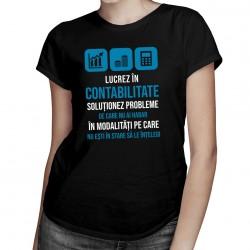 Lucrez în contabilitate - T-shirt pentru bărbați și femei