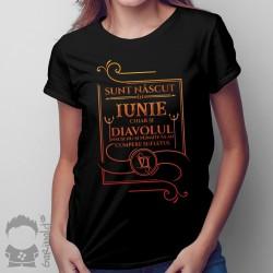 Sunt născut în iunie, chiar și diavolul însuși nu-și permite să-mi cumpere sufletul - T-shirt pentru femei